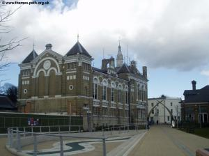 The Old Town Hall, Staines